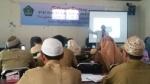 m ridhwan sedang melatih guru PAI SD.jpg